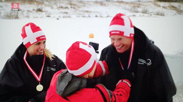 Høgh og astronauten fik medaljer af Mette BL Thomsen